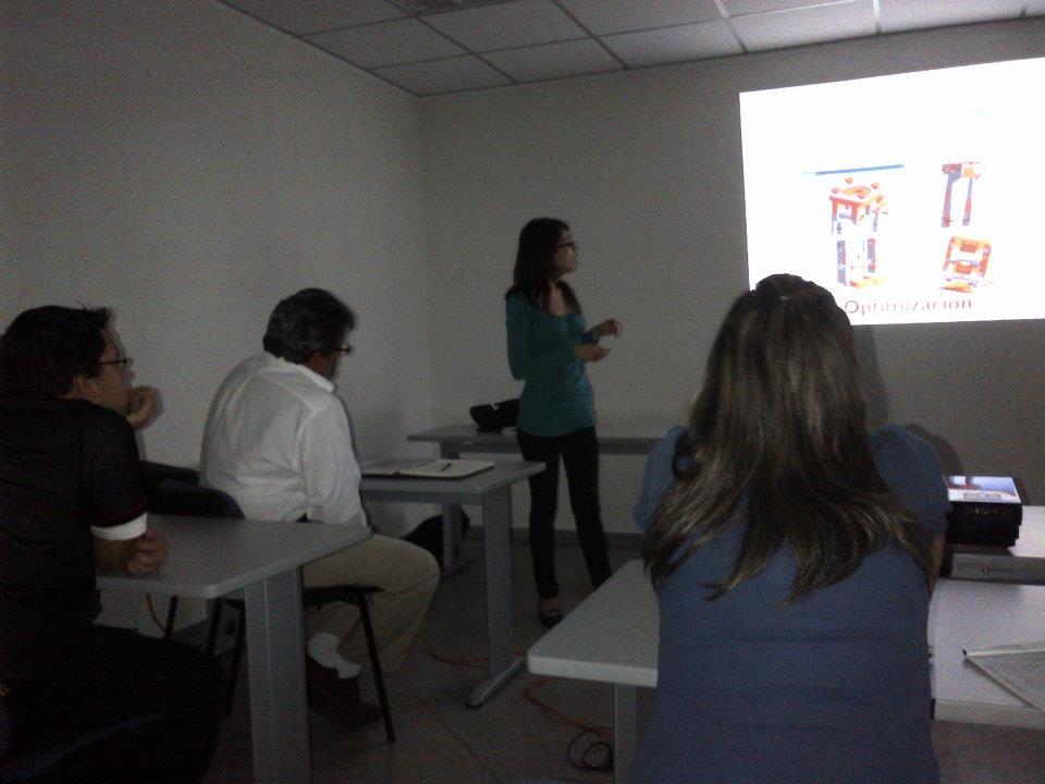 """Seminario: """"Avances en el Diseño de una Exoprótesis de Rodilla Inteligente en Venezuela"""", presentado por la Prof. Lilibeth Zambrano, MSc. en Ing. Biomédica USB. Experiencia en la Industria de Equipos Médicos y miembro del Grupo de Biomecánica de la USB."""
